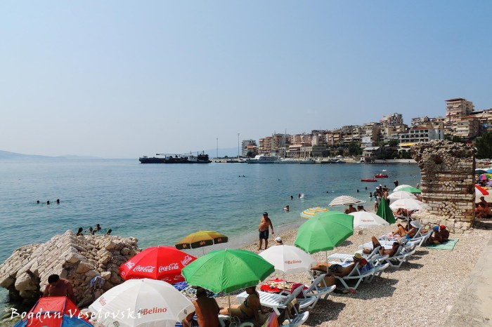 Sarandë Beach