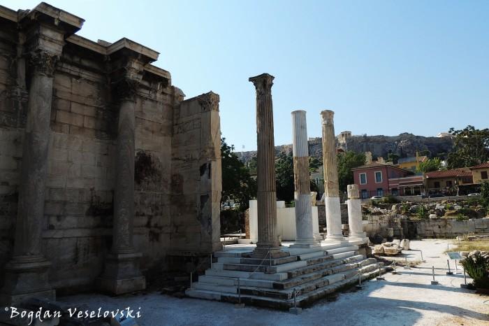 Βιβλιοθήκη του Αδριανού (Hadrian's Library)