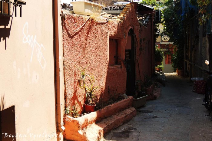 Tholou Street, Athens