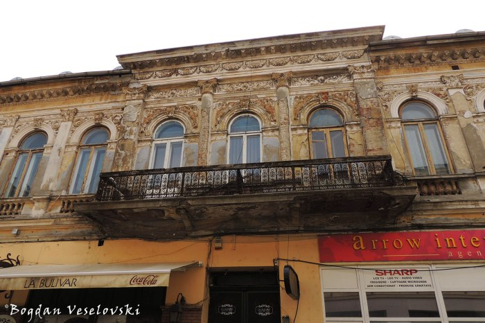 44, Franceză Str. - House (~1880, eclectic style in classicist manner)
