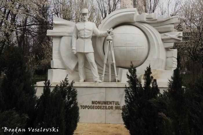 Monumentul Topogeodezilor Militari din București (Military Topogeodezical Monument)