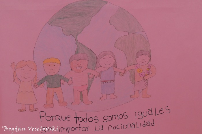 02. Porque todos somos iguales sin importar la nacionalidad (Because we are all equal no matter the nationality)