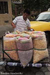 Cereal vendor