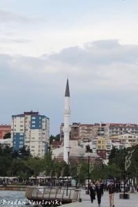 Necip Paşa Cami (Mosque)