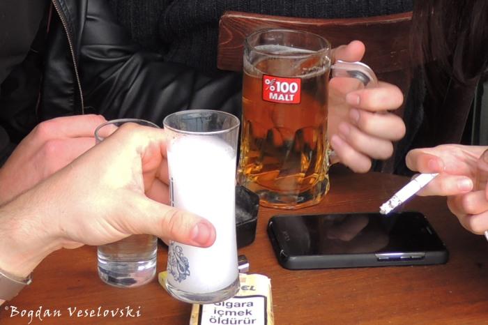Turkish vices - rakı, beer & cigars