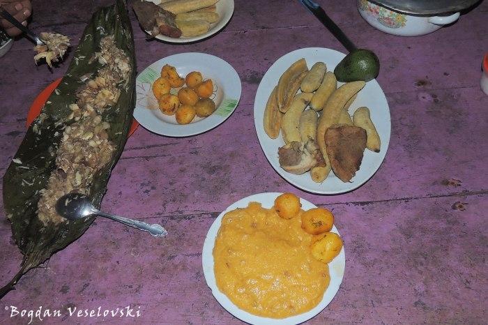 Beef, medallon, mukind & palmito ayampaco, sango