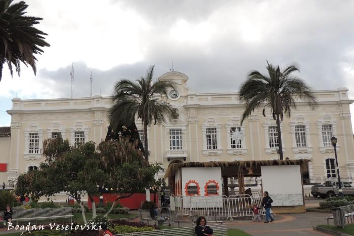 Municipio de Otavalo (City hall of Otavalo)