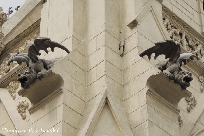 Dragon gargoyles