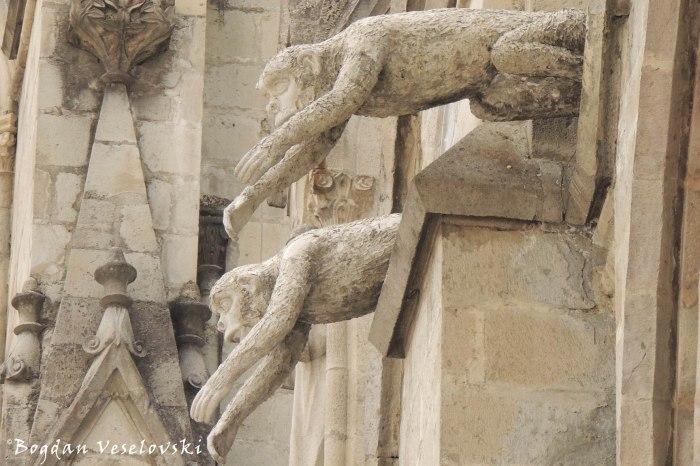 Monkey gargoyles