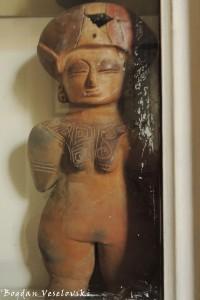 Pre-columbian statuette