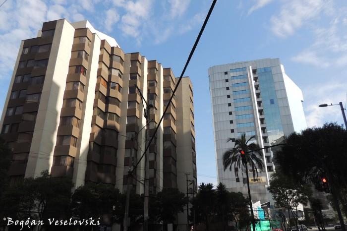 Towers on 12 de Octubre