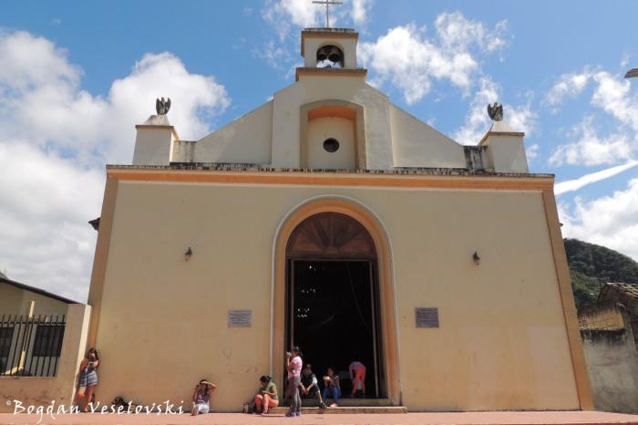 Church in Apuela