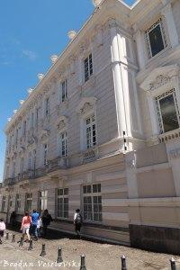 Cuenca Str.