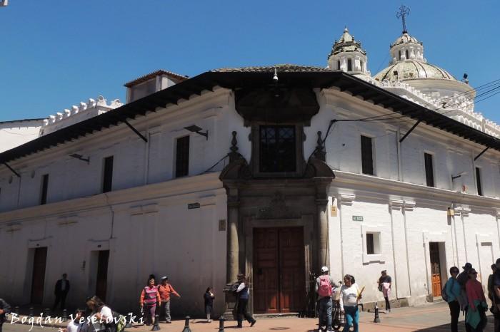 Benalcazar ⟂ Sucre
